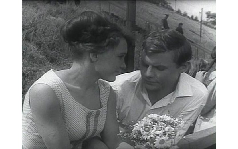 кадр из фильма женщины