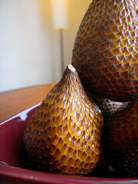 Змеиный фрукт